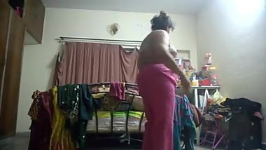 Shower Indian Mom