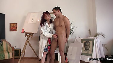 Shaved pussy redhead mature paintress loves riding his dick