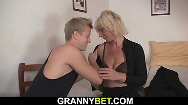 Blonde old woman spreads legs for hot neighbor
