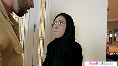arabian Girl mom 2020