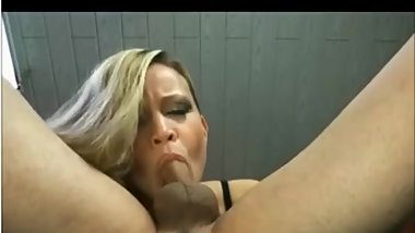Luxury woman oral creampie
