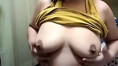 rocyl masturbating and pissing on cam