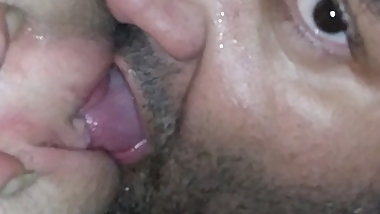 Eating sweaty pussy