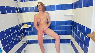 HOT REDHEADED MILF CUMS WITH TOY IN THE SHOWER