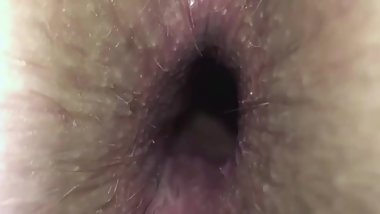 HAIRY WINKING ASSHOLE GAPE CLOSEUP
