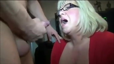 Cum loving white mom