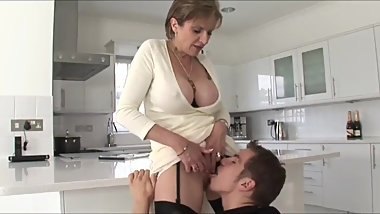 Sexy mature MOM with big tits sucks and fucks