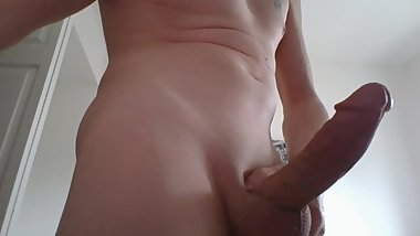 horny mom living three apartments down from me skyping sex