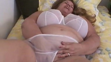 Curvy Sharon - Mommie Wants You