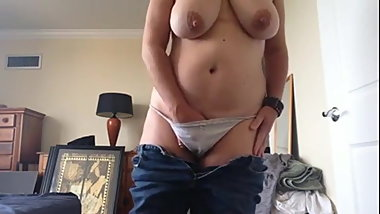 Big Tit Mom Pulls Down Panties for Quicki