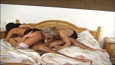 Vintage german horny mom sucking fucking the family film
